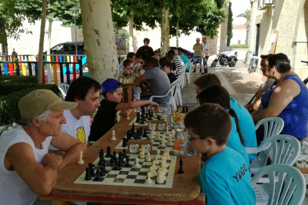 170624-torneo-ajedrez-4234532BF-45D4-1839-2A34-33DC5E97D3C6.jpg