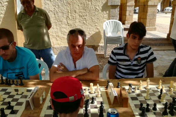 170624-torneo-ajedrez-8D99A5873-2B33-1F28-8821-EAF42A841B6D.jpg