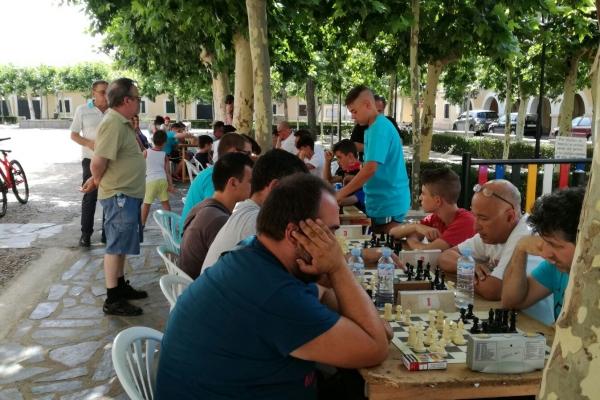 170624-torneo-ajedrez-9530C20FB-B0E7-60CD-5518-EE63ED0F6402.jpg