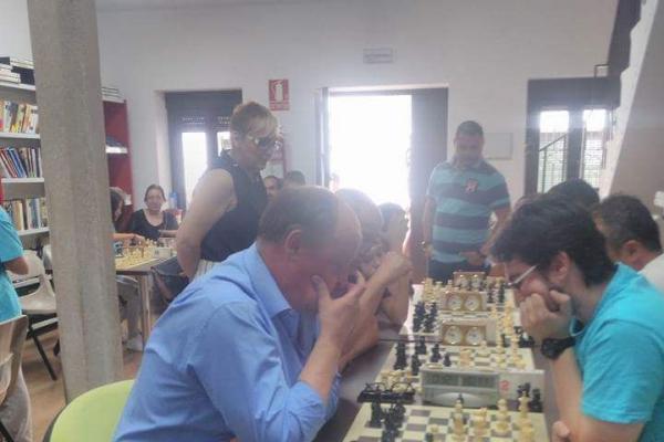 171014-torneo-abierto-ajedrez-656D46042-A171-B632-BCEC-0C5518B577D4.jpeg