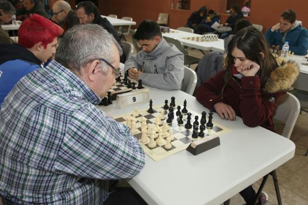 180331-torneo-ajedrez-17901ED63B-621B-0E94-8F8F-235CEBFAB88D.jpeg