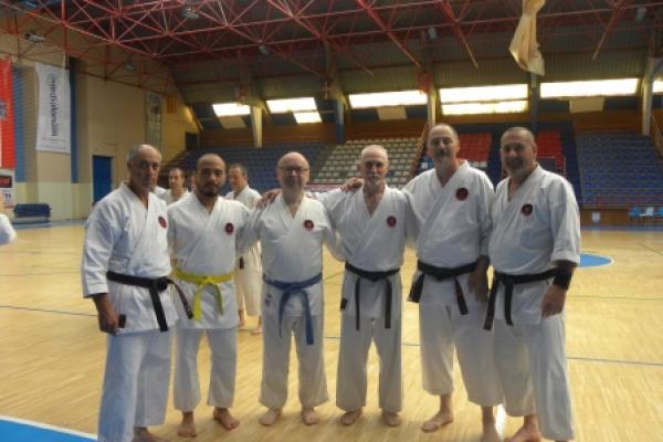 180525-entrenamiento-karate-05E4B10F90-BEA6-B30C-E7A7-5BAAAACCC17F.jpg