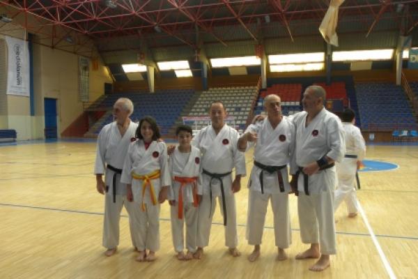 180525-entrenamiento-karate-266362217A-1FE2-BCBA-C5CB-7ED17EB1EA0A.jpg