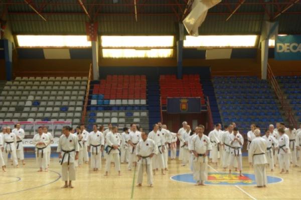 180525-entrenamiento-karate-281A04CD4C-1A4D-4540-F32E-0690556FD3D5.jpg