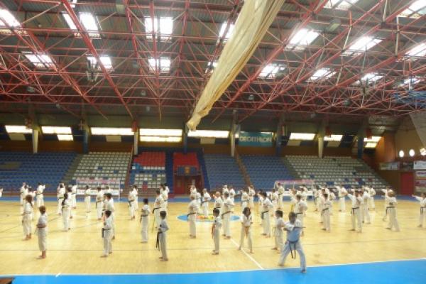 180525-entrenamiento-karate-32BF7D1B75-FD00-F87C-6C0C-0EB0AF72FCBB.jpg