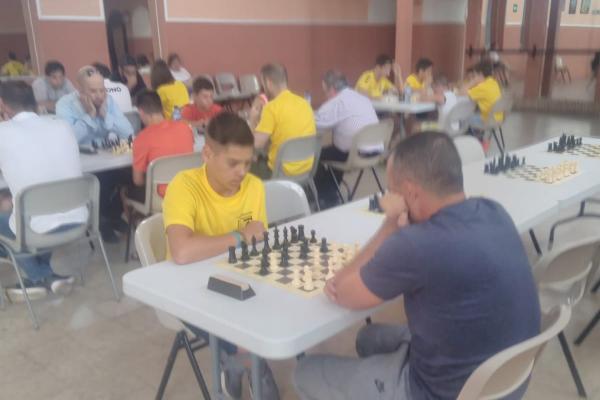 180701-torneo-abierto-ajedrez-9B014BD1D-5625-9E09-B063-DBF8B273F302.jpeg
