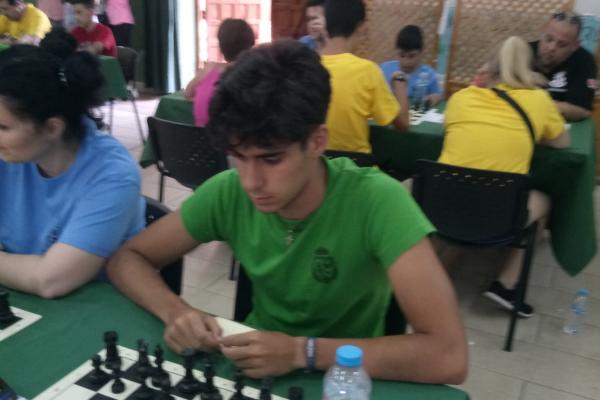 torneo-ajedrez-navalucillos-735284317-D5EE-DF2F-8E5F-38B366507F7F.jpeg