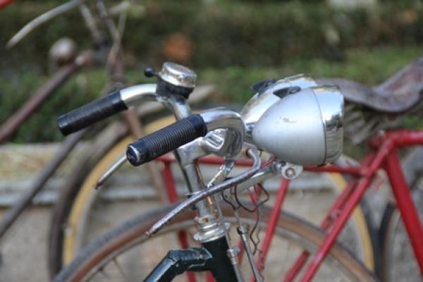 exposicion-bicis-clasicas-32AC34644-67AA-FA00-DD7A-95625D316AAC.jpg